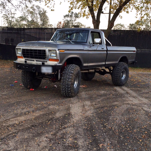 1979 Ford F150 Custom drivers side
