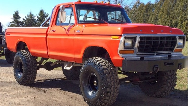 1979 F150 Front Pass